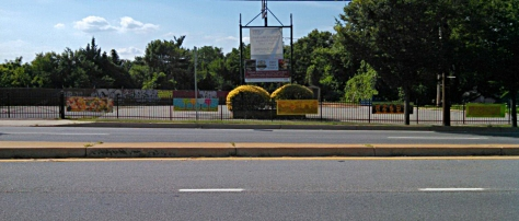 Murals along Route 1